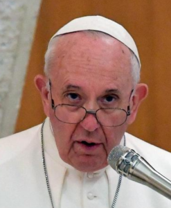 Papst Franziskus redet Chefs der Ölkonzerne ins Gewissen